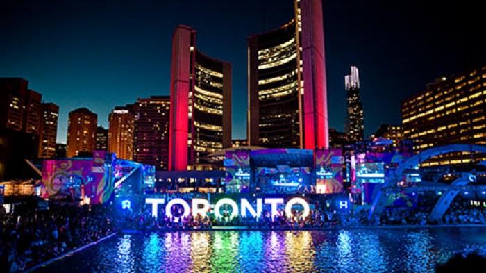 Toronto nhộn nhịp, thành phố lớn nhất Canada