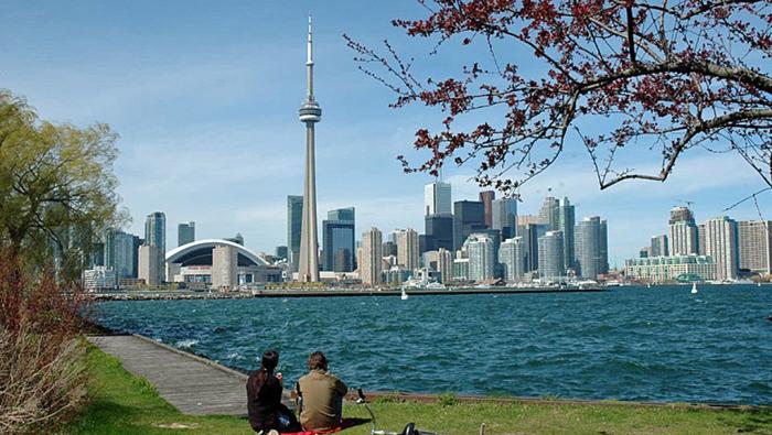 mùa hè ở Toronto, Canada